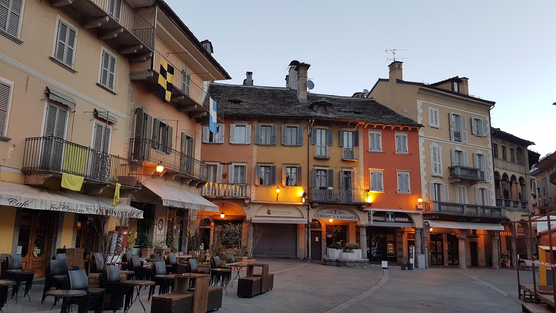 Piazza del mercato Domodossola